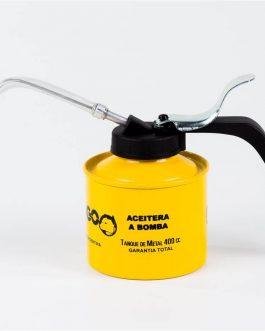 Aceitera Metálica Pico Flexible 400cc DOGO